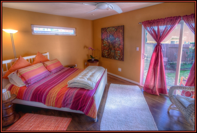 Bedroom shot of the vacation rentals of a friend.  Canon 5D MkII w/ Canon 17-40mm f4L