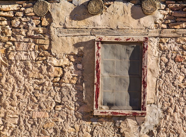 A window in one of the older apartments provides a great texture composition.