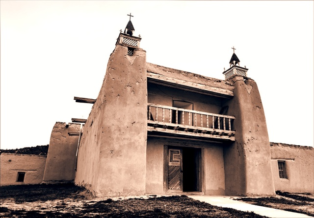 A more oblique view of the mission church at Trampas to show off its construction.