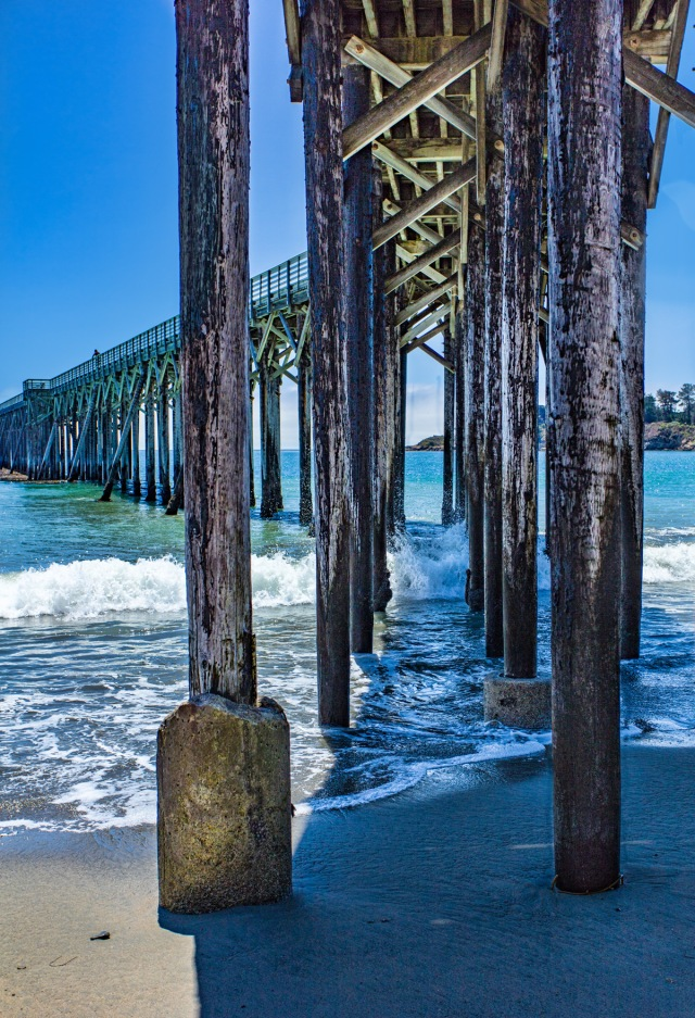 The pier at SanSimeon Beach